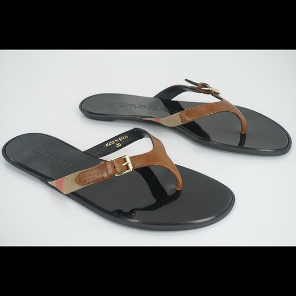 52d4705caa05 🔥AUTHENTIC BURBERRY SANDALS🔥